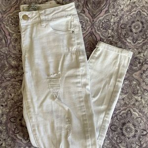 White distressed skinny jeans size 3